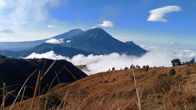 Estimasi Waktu & Biaya Mendaki Gunung Prau