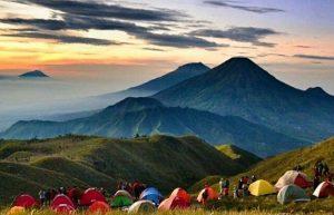 Estimasi Waktu Mendaki Gunung Prau via Wates